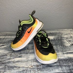 Nike shoes for boy toddler